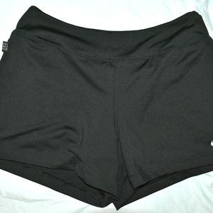 Nike Woman Dri Fit Tennis Shorts SZ M